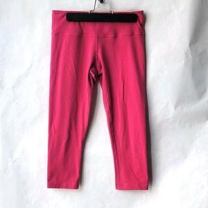 Lululemon Pink Wunder Under Cropped Leggings Sz 6